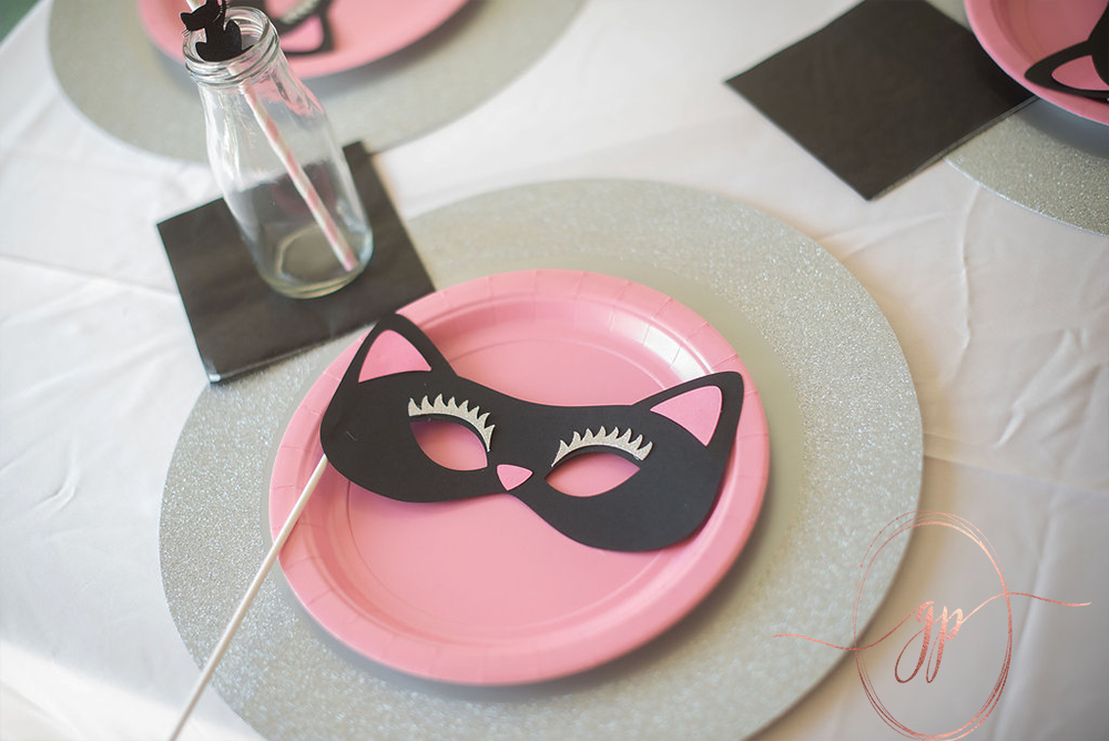 cat themed party idea